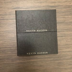 Kevyn Aucoin Neo Highlighters.